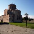Пицундский храм X века.