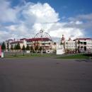 Городок из отелей в Олимпийском парке Сочи.