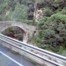 Каменные мосты слились с природой Андорры.
