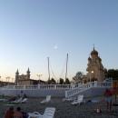 Вечером на пляже в Архипо-Осиповке.