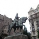 Памятники в Барселоне.