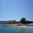 Пляжи при отелях на побережье Средиземного моря в Кемере.