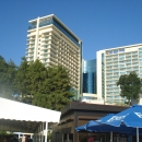 Пляж у отеля «Пульман» в центре Сочи.