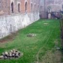 Замок Сфорцеско построен по заказу Галеаццо II Висконти.