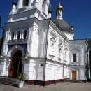 Главный вход в собор Архангела Михаила. Сочи.