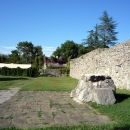 Дольмен внутри монастырского комплекса Пицунды.