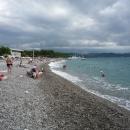 Пляж курорта Пицунда в Абхазии.