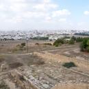 Современный город Тунис у стен древнего Карфагена.