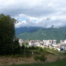 Вид с канатки Розы Хутор на комплекс Лаура и Горную Олимпийскую деревню.
