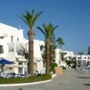 На курорте порт Эль-Кантауи в Тунисе.