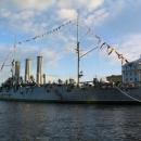 Крейсер «Аврора» - главная историческая достопримечательность города на Неве - Санкт-Петербурга.