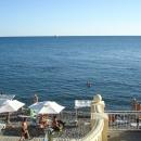 Бесплатный пляж «Эдем» у отеля «Дельфин». Сочи.