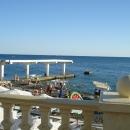 Пляж «Эдем» у отеля «Дельфин» в Сочи.