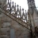 Лестница на крышу собора Дуомо в Милане.