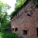 Внешняя стена левого полукапонира. Форт номер 11 Дёнхофф.