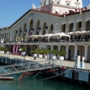 Старый морской вокзал Сочи — архитектурная достопримечательность города.