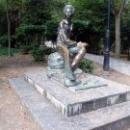 Памятник А.С. Пушкину в Гурзуфском парке.
