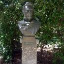 Бюст Шаляпина в Гурзуфском парке.