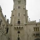 Одна из 11 башен замка Глубока в Чехии. Смотровая площадка в самой высокой замковой башни высотой 52 метра.