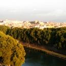 Вид на город Рим со смотровой площадки Замка Святого Ангела.