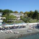 Песчано-галечный пляж пансионата Эдем в Сочи.