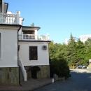 Въезд на территорию Гранд отеля «Жемчужина» в Сочи.