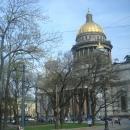 Исаакиевский собор в Санкт-Петербурге весной.