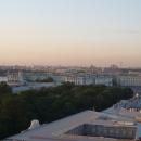 Вид на Зимний дворец и Александровскую колонну со смотровой площадки Исаакиевского собора.