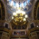 В центре купола Исаакиевского собора помещён голубь – символ Святого Духа.