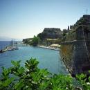 Старая морская крепость в городе Керкира