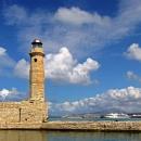 Маяк в городе Ретимно на острове Крит