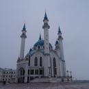 Внутри Мечети Кул Шариф есть специальные 2 балкона для туристов, с которых можно рассмотреть внутреннее убранство мечети.