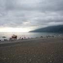 Вечер на пляже Гагры в сентябре. Абхазия.