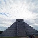 Пирамида Кукулькан в Чичен-Ица. Мексика.