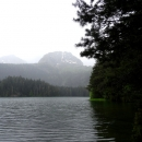 Черное озеро – самое крупное из 18 ледниковых озер Черногории.