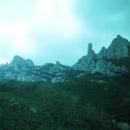 Скала «Палец Бога» в Национальном Парке Горы Монтсеррат.