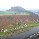 Вид с крепости Кенигштайн на городки по берегам Эльбы.