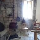 Предметы быта в музее Скадарское озеро.