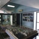 Экскурсия по Скадарскому озеру включает посещение музея.