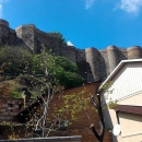 Вид на крепостные башни форта Нарикала. Тбилиси.