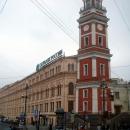 Башня и здание городской Думы на Невском проспекте.