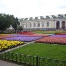 Александровский парк в центре Москвы рядом с Красной площадью и Московским Кремлем.
