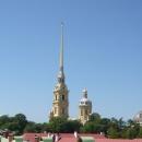 Петропавловский собор в Санкт-Петербурге - усыпальница российских царей династии Романовых, начиная с Петра I.