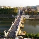Вид на Мост Святого Ангела с Замка Святого Ангела.