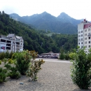 У Горного озера на курорте Роза Хутор. Роза Долина.