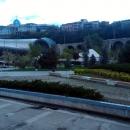 Скульптура Белый рояль в парке Рике. Тбилиси.