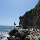 По дороге на пляж Могрен можно увидеть скульптуру Танцовщицы (Гимнастки).