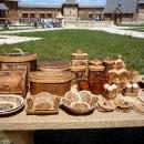 Сувенирные лавки в деревне мастеров «Кудыкина гора»
