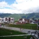Вид на Горную Олимпийскую деревню. Курорт Роза Хутор.