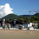 Площадь у железнодорожной станции Роза Хутор. Сочи Адлерский район.